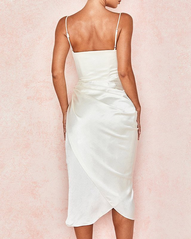Vestido de Cetim Midi Branco com Fenda
