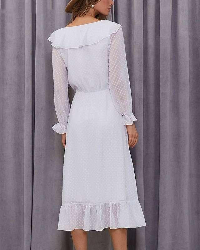 Vestido Midi Branco com Babado na Barra