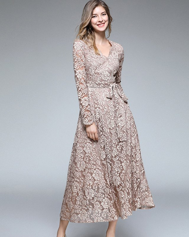 Vestido Midi de Renda para Casamento