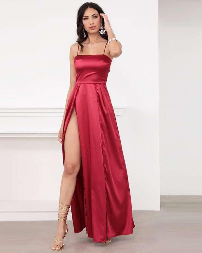 Vestido de Cetim com Fenda