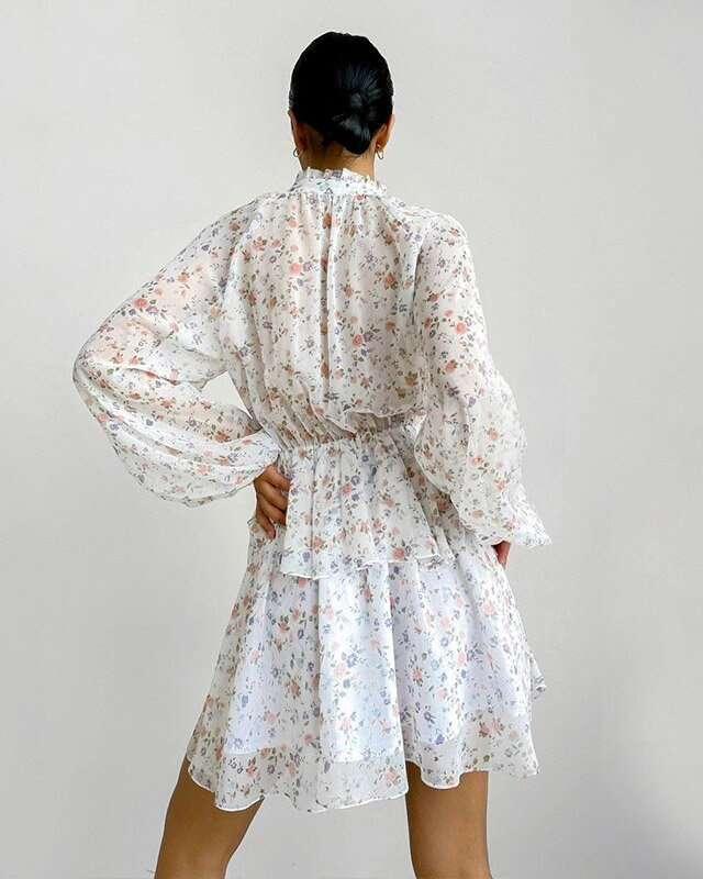 Vestido Branco Florido Curto